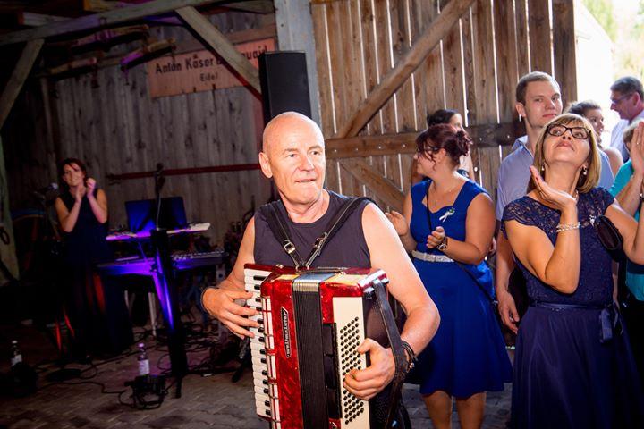 Hochzeit Liveband Akkordeon