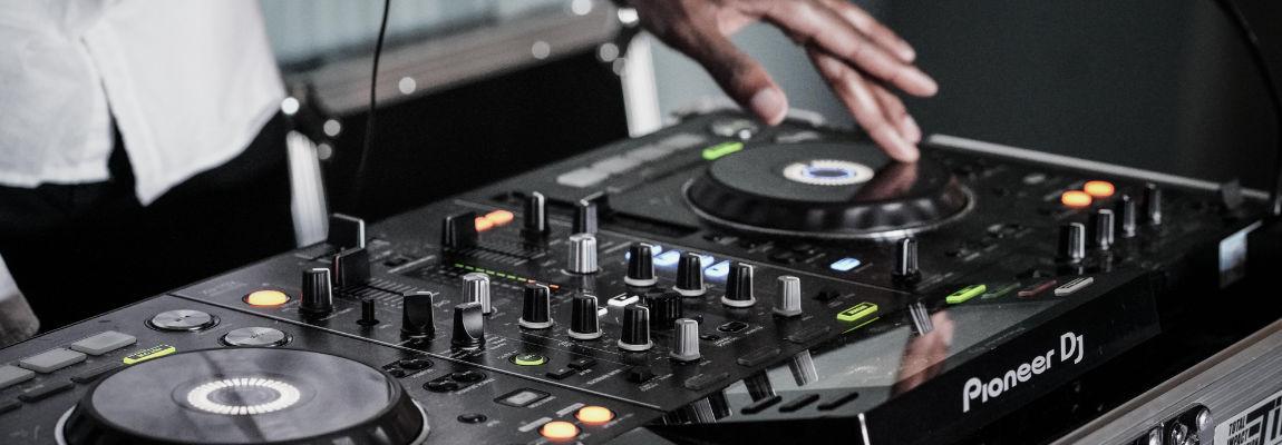 Liveband mit DJ Flair Music
