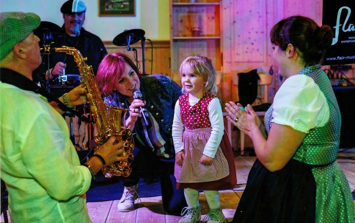 COVERBAND FLAIR und KINDERSTARS